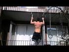 Fitness van de Straat - Pullups en Chinups + 20 Kilo