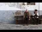 loira gostosa beijando velinho - Hot girl kissing old man (Sasha Grey)