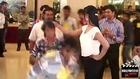 Veena Malik Kissed By 100 Men In 1 Min ....... Makes Record